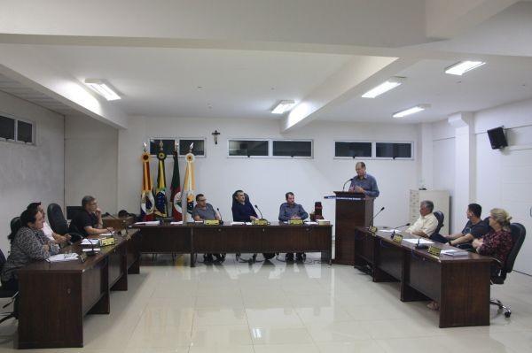 Legislativo Rodeiense realiza a primeira sessão ordinária em 2019